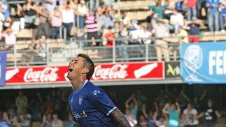 Maldonado celebra el tanto del empate xerecista. / Pascual