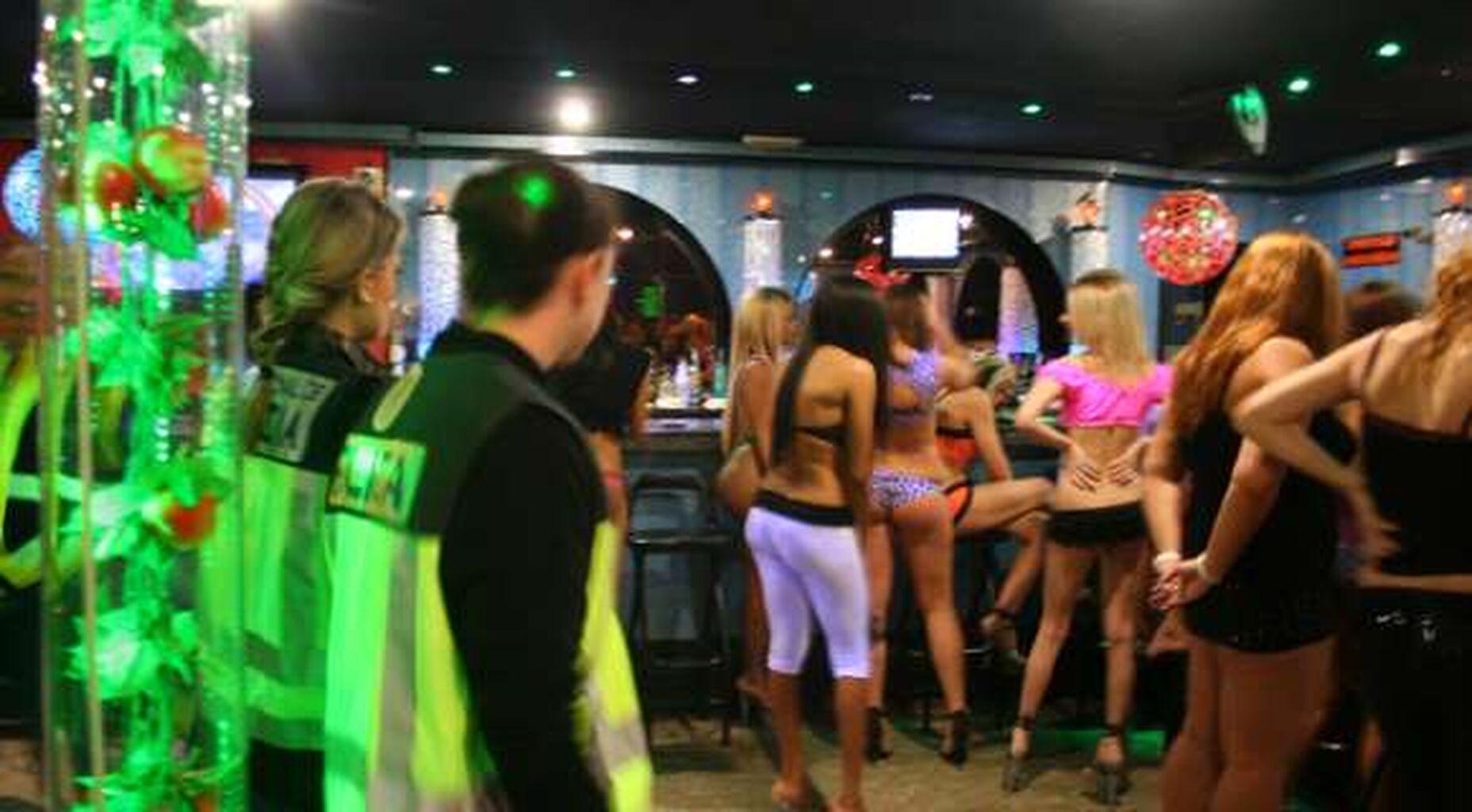 prostitutas danesas que significa prostibulo