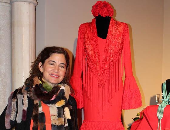 Carmen Cañaveral, de la firma Pepa Garrido, con su traje de flamenca rojo.  Foto: Victoria Ramírez
