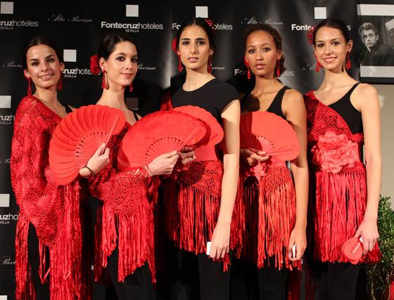 Modelos de la agencia Doble ERRE, participantes en la exposición 'Pasión flamenca'.  Foto: Victoria Ramírez