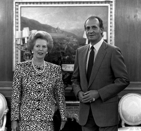 Margaret Thatcher, con Don Juan Carlos en 1998.  Foto: EFE