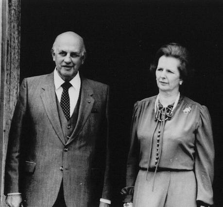 Margaret Thatcher, con el ex primer ministro sudafricano Pieter Willem Botha en 1984.  Foto: EFE