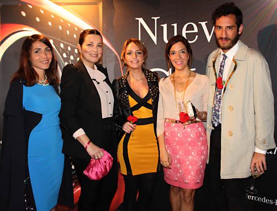 Miriam León, Ana Nievas,María León, Yose Delgado y Alfredo Murillo, blogueros.  Foto: Victoria Ramírez
