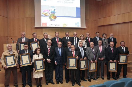 Foto de grupo de los premiados.  Foto: Paqui Segarra