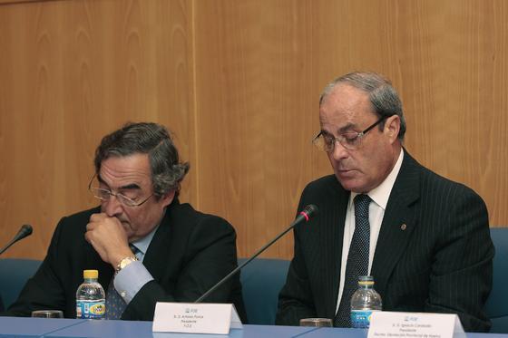 Joan Rosell, presidente de la CEOE, y Antonio Ponce, presidente de la FOE  Foto: Paqui Segarra