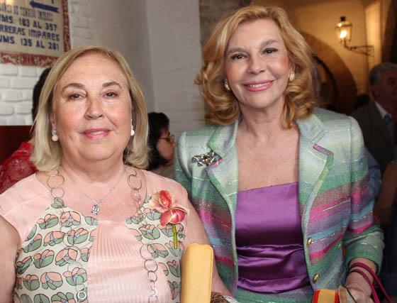 María Cotoner y Conchita Spínola, esposa de Miguel Báez 'El Litri'.  Foto: Victoria Ramírez