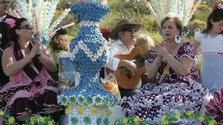 Varios miles de peregrinos participan en una de las citas tradicionales que anticipan el Mayo Festivo.  Foto: Óscar Barrionuevo