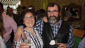 Carmen Prieto junto a Juan Valdés, del restaurante La Castillería.