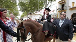 El alcalde, durante la entrega de premios del concurso del paseo de caballistas.  Foto: Fito Carreto
