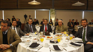 Íñigo Fernández de Córdoba, Manuel Ávila Fornell, Felipe Castellano, José Atalaya Muñoz, Manuel Ávila Farzón y Fernando Ortega.  Foto: Joaquín Pino · Lourdes de Vicente