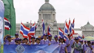 Manifestación del Primero de Mayo en Bangkok.  Foto: EFE