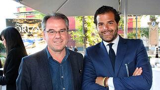 Javier Compás y Raimundo Anido, director comercial del Restaurante Oriza.  Foto: Victoria Ramírez