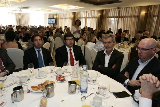 José Antonio Díaz, Juan Lucas Gordillo, Miguel Vargas, presidente de CASI, junto a Antonio González, miembro directivo de la citada cooperativa  Foto: Javier Alonso / Rafael G.