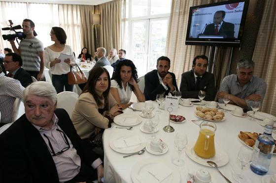 César Martín Cuadrado, Ana Martínez Reche, María Salud Gómez, José Luis Viñolo, Sergio Viñolo y Enrique  Foto: Javier Alonso / Rafael G.