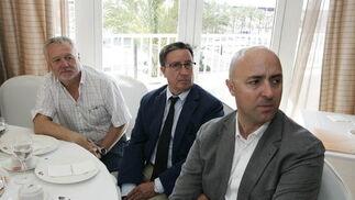 Juan Jiménez, José Antonio González y Antonio Ortiz Oliva  Foto: Javier Alonso / Rafael G.