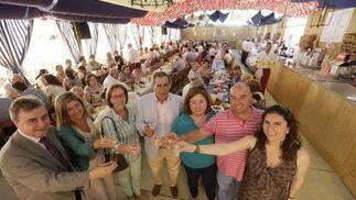 Brindis de parte del equipo de gobierno por la Feria de Jerez  Foto: Miguel Angel Gonzalez