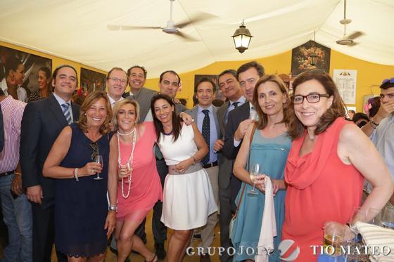 David Fernández, con un grupo de empresarios de Salamanca, pertenecientes al Grupo OHL, y representantes de la Cámara de Comercio y la Confederación de Empresarios.  Foto: Vanesa Lobo