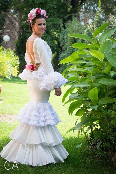 Alicia  López  Moda  Flamenca  - Outfit