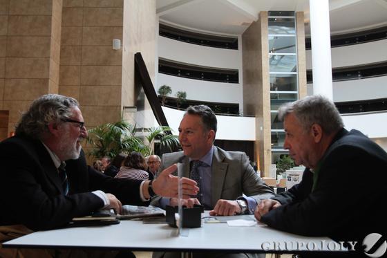José Joly departe junto a Andrés Cárdenas y Jerónimo Páez. Reportaje gráfico: María de la Cruz / Álex Cámara