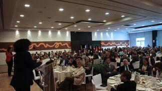 Medio millar de personas asistieron al Desayuno Informativo celebrado en el Hotel Abades. Reportaje gráfico: María de la Cruz / Álex Cámara