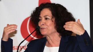 La rectora durante su intervención en el acto. Reportaje gráfico: María de la Cruz / Álex Cámara