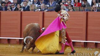 Primer toro de la tarde  Foto: A. Pizarro