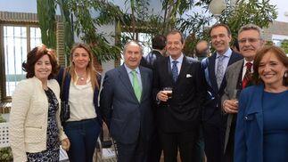 Luisa Montero, Miriam Palmero, Manuel Gutiérrez, Alfonso Jiménez con su hijo Alfonso, Fernando Sicre, Lourdes Marín.  Foto: Ignacio Casas de Ciria