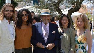 Magnus Ronningen, Chanel Banoza, el empresario Antonio Blázquez, Rocío Calle y Ane Bjolgerud.  Foto: Ignacio Casas de Ciria