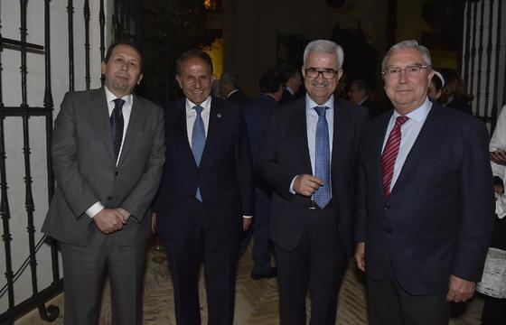 José Antonio Carrizosa, Antonio Pascual, Manuel Jiménez Barrios y Enrique Moreno de la Cova.  Foto: Juan Carlos V?uez / Victoria Hidalgo