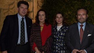 Eduardo Osborne, Clelia Muchetti, Isabel Liñán y José Carlos Ruiz Berdejo.  Foto: Juan Carlos V?uez / Victoria Hidalgo