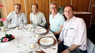 Pedro de Antonio, Luis Miguel Torres, Javier Morales y José Luis Gil, durante el almuerzo.  Foto: Ignacio Casas de Ciria
