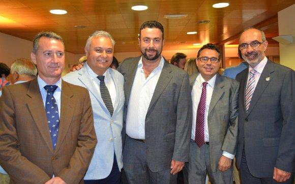 Los miembros de la Junta de Gobierno del colegio, Ángel Casado, Domingo Villero, Antonio Romero, Luis Cabello y Juan Manuel Casal.  Foto: Ignacio Casas de Ciria