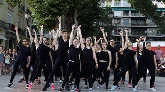 El baile llegó por la tarde con una actuación de alumnos del conservatorio.  Foto:  Pepe Villoslada