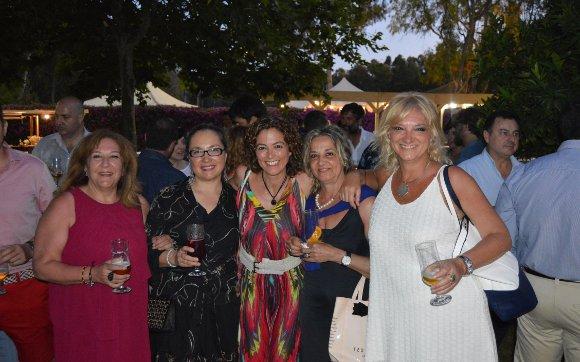 Carmen Gallardo, Montse Gómez, Rita Patrica, Vanda Ramos y Lola Cendrero.  Foto: Ignacio Casas de Ciria