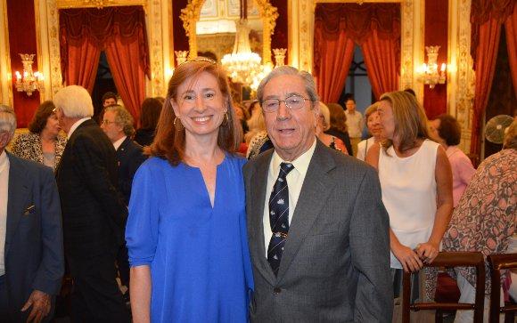 Marta Pérez Dorao con su padre José Ramón Pérez Díaz-Alersi.  Foto: Ignacio Casas de Ciria