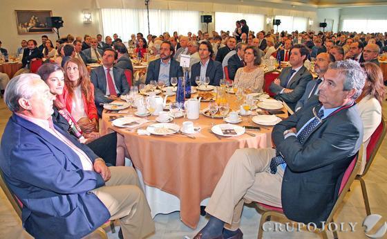 Miguel Ordóñez, María Jesús Ordóñez, Manuel Ávila, Guadalupe Parias, Leopoldo Parias, José Miguel Caballero y Juan Fernández de Mesa.  Foto: Pascual · Vanesa Lobo