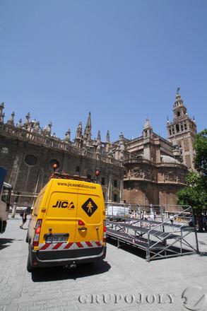 Las imágenes de los preparativos de la visita de Obama a Sevilla