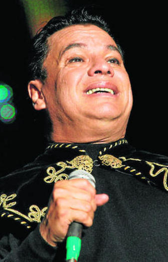 Cálido adiós a Juan Gabriel, uno de los grandes autores de la música popular