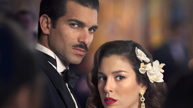 Rubén Cortada y Blanca Suárez interpretan a la pareja protagonista.
