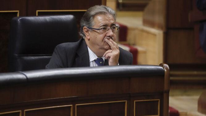 Zoido se presta a revisar la ley mordaza pero rechaza un for Ministro del interior espana 2016
