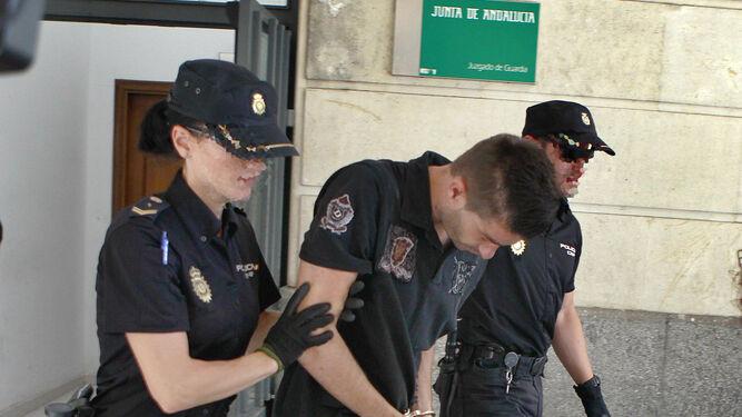 El juez ordena rastrear los m viles de un reo del crimen for Juzgado del crimen