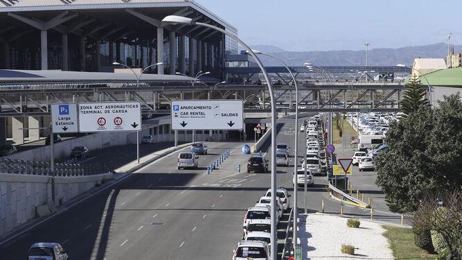 Taxis en el aeropuerto Pablo Picasso de Málaga.