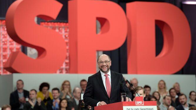 Martin Schulz durante el congreso que el SPD ha celebrado este fin de semana en Berlín, que lo nominó ayer candidato para las legislativas de septiembre.