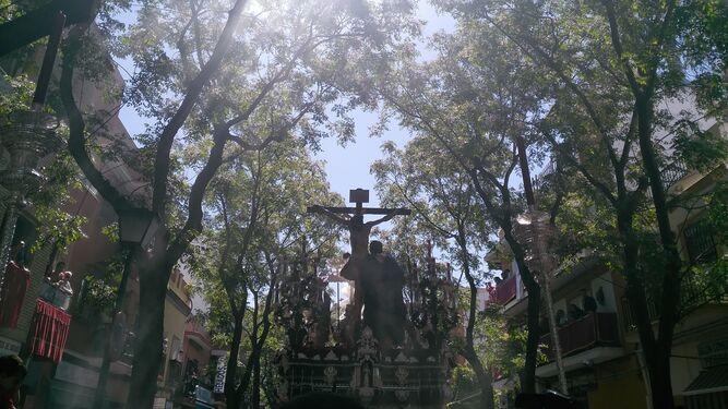 El Cristo de Desamparo y Abandono, en las calles del Cerro.