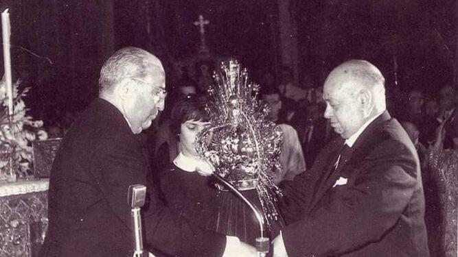 Una vida entre la Macarena y las Hermanas de la Cruz