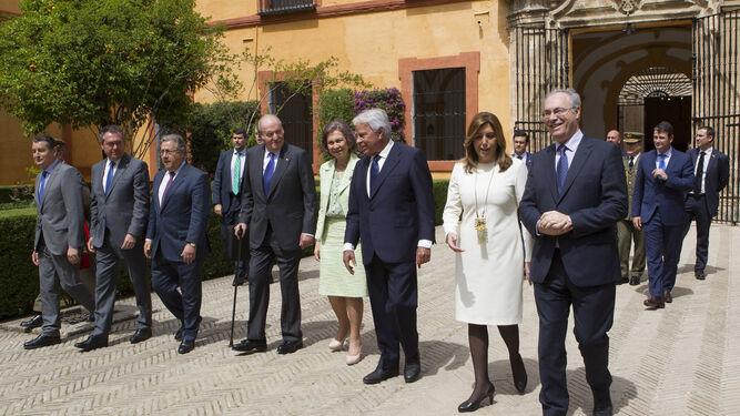 Antonio Sanz, Juan Espadas, Juan Ignacio Zoido, don Juan Carlos, doña Sofía, Felipe González, Susana Díaz y Juan Pablo Durán Sánchez.