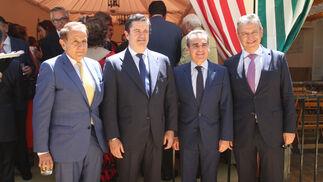 Antonio Pascual, Borja Prado, Rafael Herrador, director territorial de Caixabank; y Francisco Arteaga.
