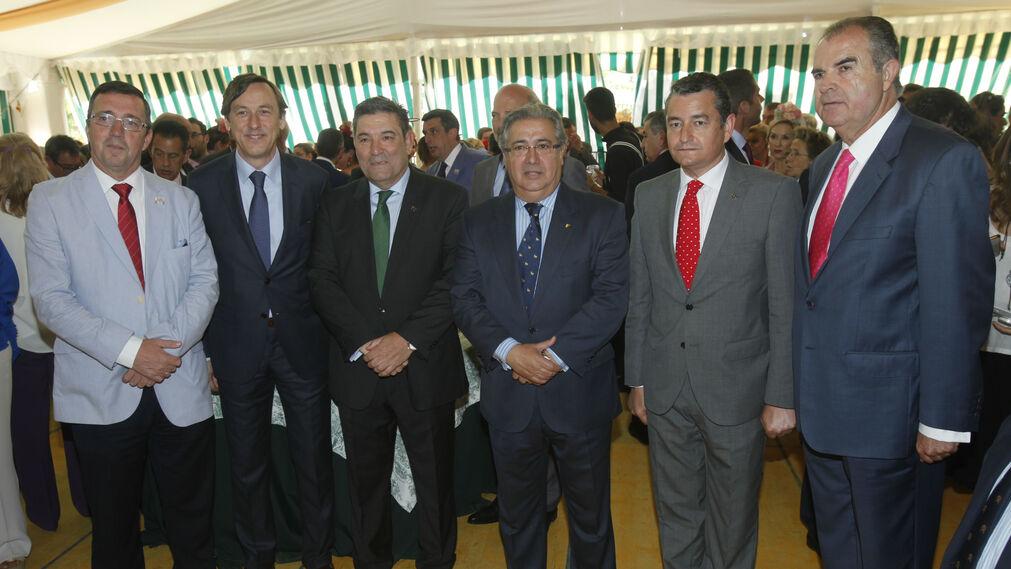 El coronel Mora, Rafael Hernando, José Manuel Holgado, Zoido, Antonio Sanz y el general Contreras.