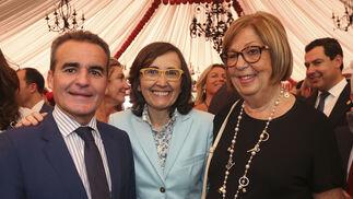 Rafael Herrador, Rosa Aguilar y Adelaida de la Calle.