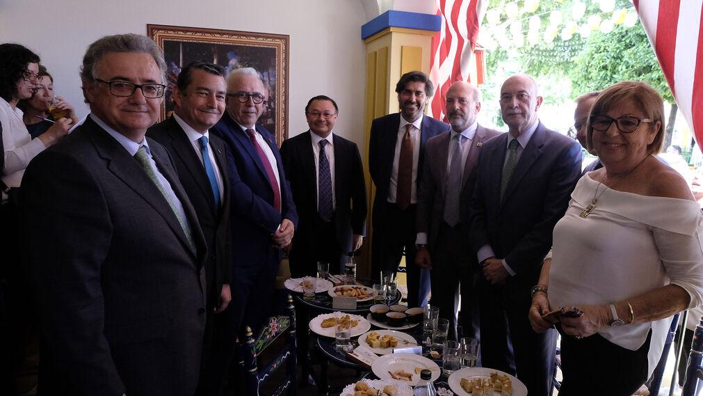 Antonio Yélamo, Antonio Sanz, José Sánchez Maldonado,  Andrés Cardó, Vicente Jiménez, Ricardo Gil-Toresano, José Antonio de la Rosa, Andrés Garrido y Adelaida de la Calle.